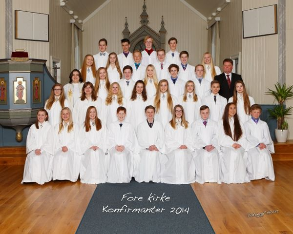 Konfirmanter Fore kirke 2014